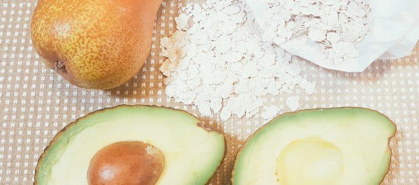 Avocado-Birnen-Brei mit Schmelzflocken