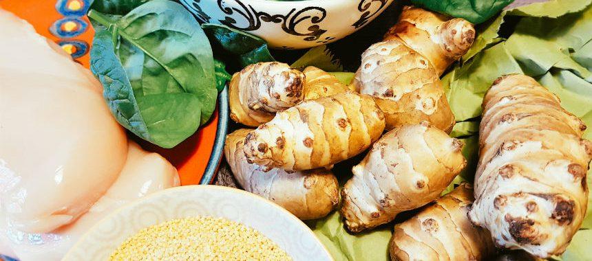 Topinambur-Spinat-Hirse-Brei mit Hähnchenbrust