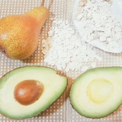 Avocado-Birnen-Schmelzflocken-Brei Zutaten