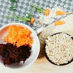 Rote-Beete-Möhren-Hafer-Brei Vorbereitung
